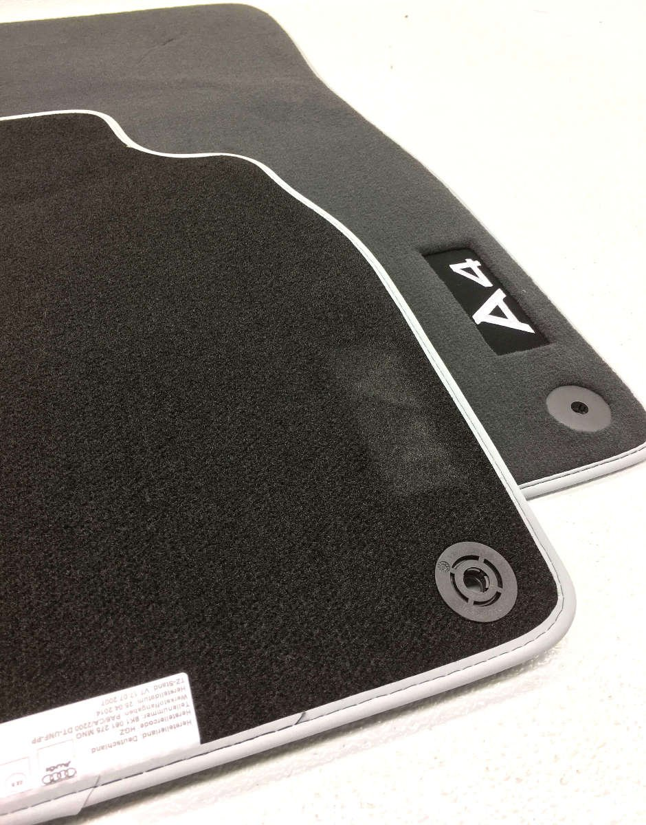Genuine Audi 8K1061275MNO Foot Mat