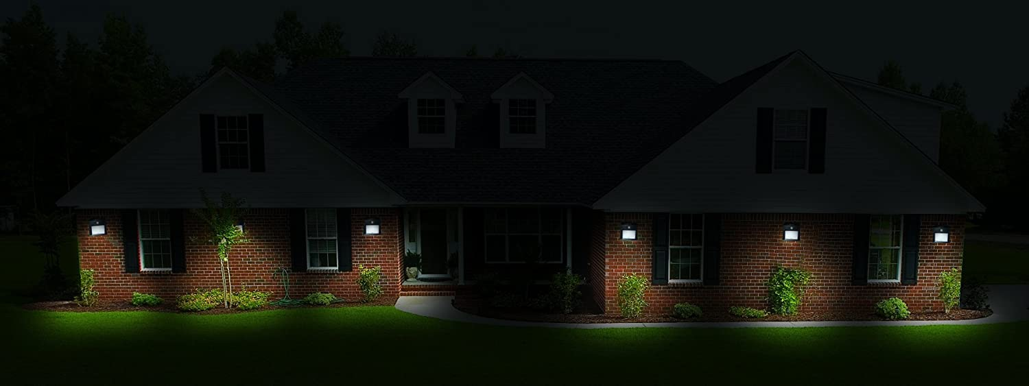 Amazon 10 led motion sensor solar light dusk to dawn amazon 10 led motion sensor solar light dusk to dawn security lighting for outdoors ideal for walkway garden yard deck patio fence and outdoor aloadofball Images