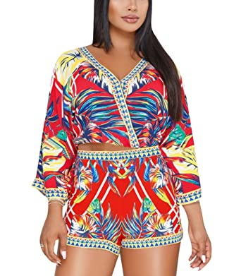 83fe2a45e27936 Amazon.com: Women's 2 Piece Outfits Bohemian Floral Print V Neck Long Bell  Sleeve Crop Top + Short Pants Set Clubwear: Clothing