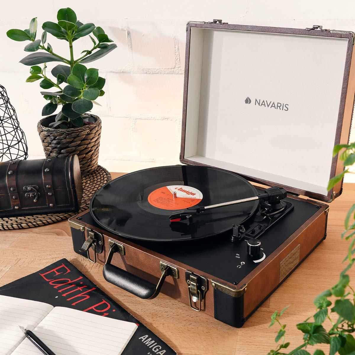 Navaris Tocadiscos Retro con Forma de Maleta - Giradiscos con Altavoces incorporados y grabación a MP3 - Tornamesa con Puerto USB en Marrón-Negro