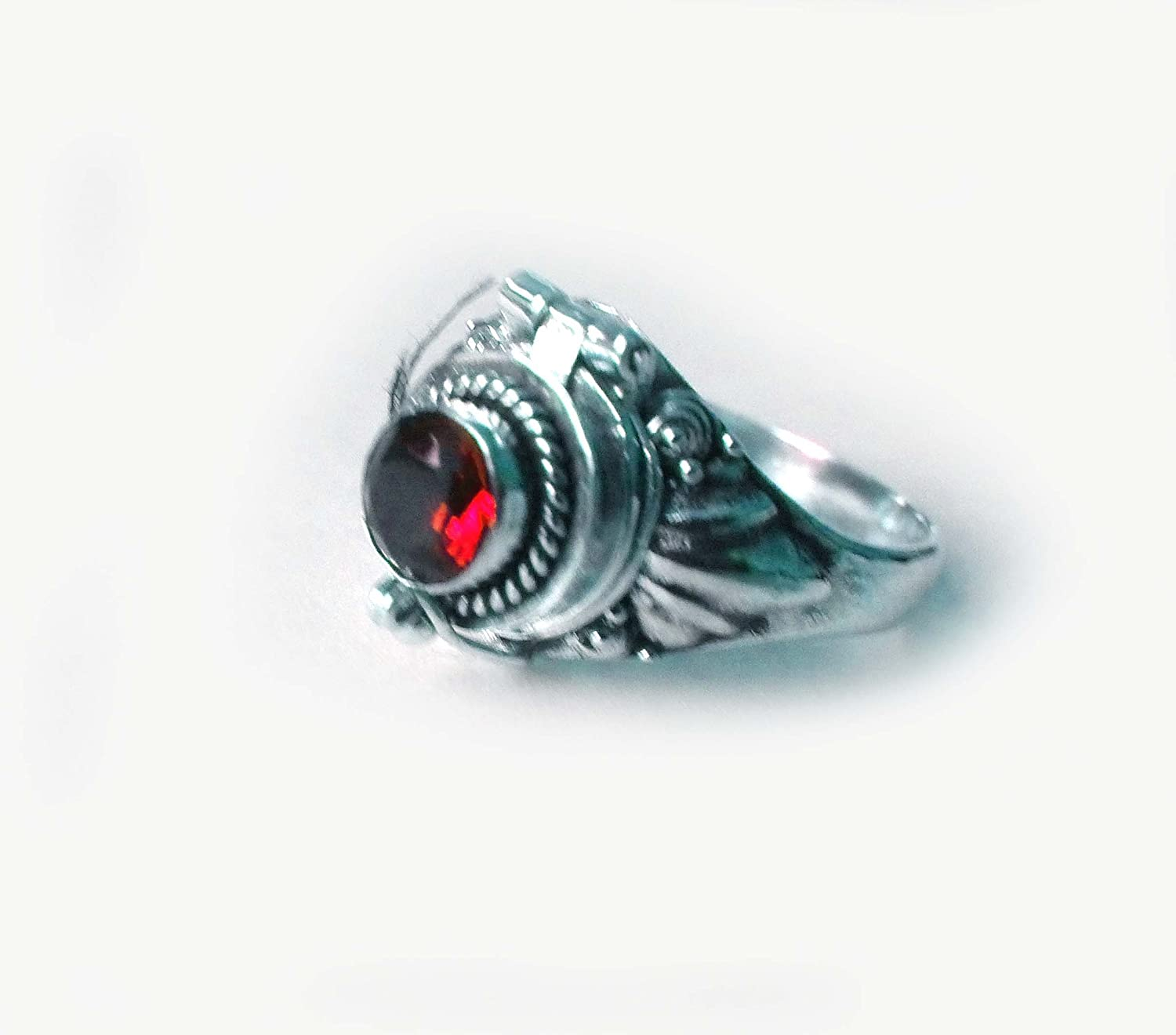 Poison Ring Bali Sterling Silver Locket Ring Secret Compartment Garnet AR11