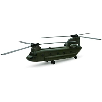 New Ray 1/60 Boeing CH-47 Chinook: Toys & Games