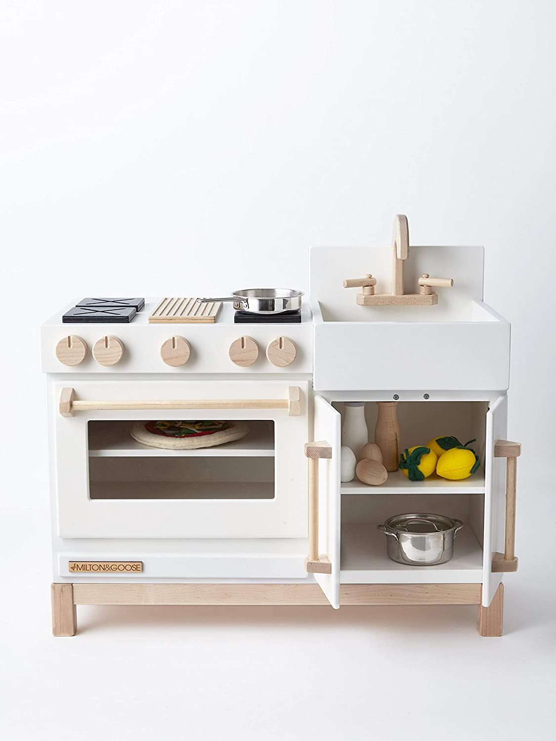 Amazon.com: Milton & Goose Essential Play Kitchen, L: Toys ...