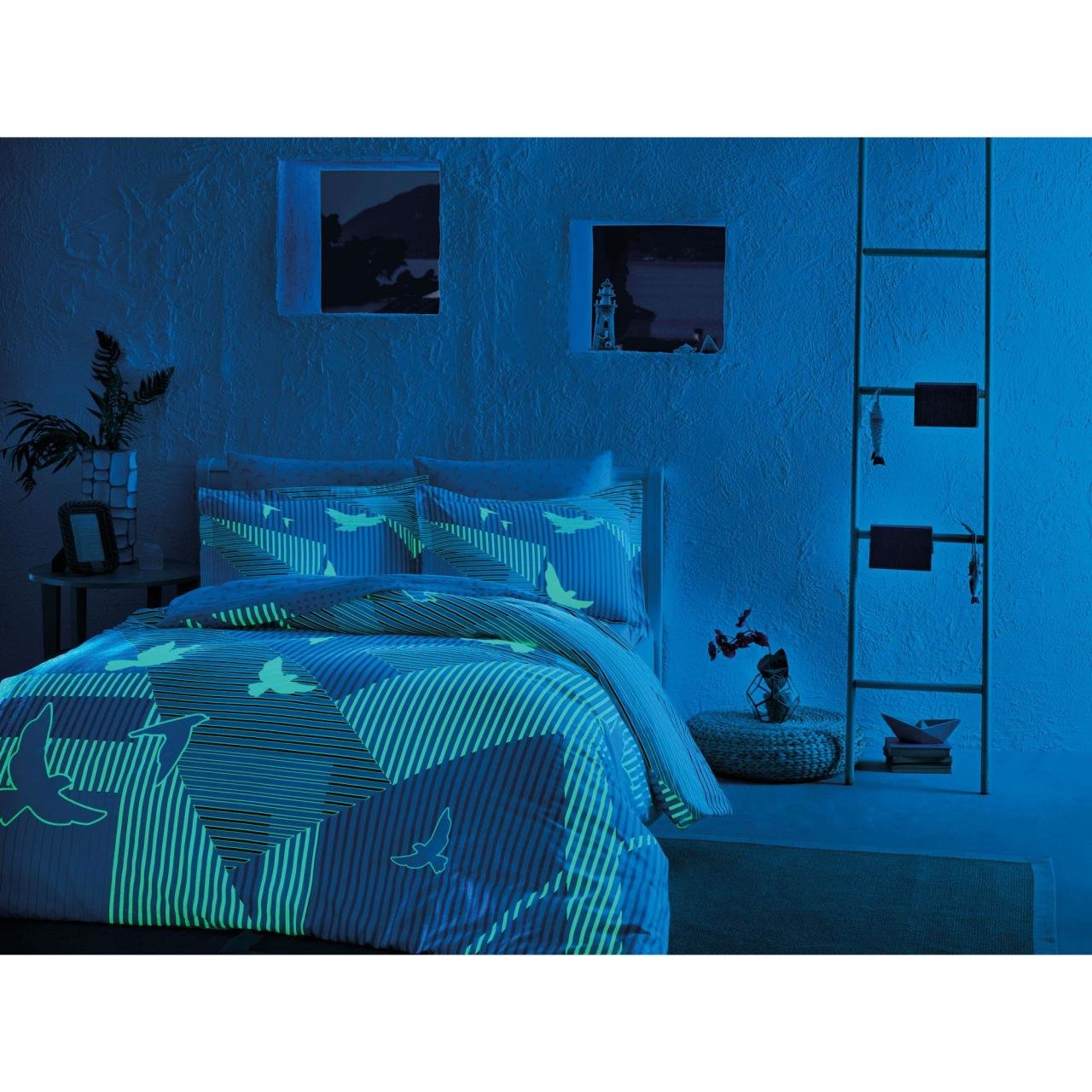 Night glowing phosphorescent fabric Striped Izzie Blue Full / Double 4 Pieces Bedding Set, 100 % Cotton Sateen Floral Duvet Cover Set with Duvet Cover, Flat Sheet and 2 Pillowcases