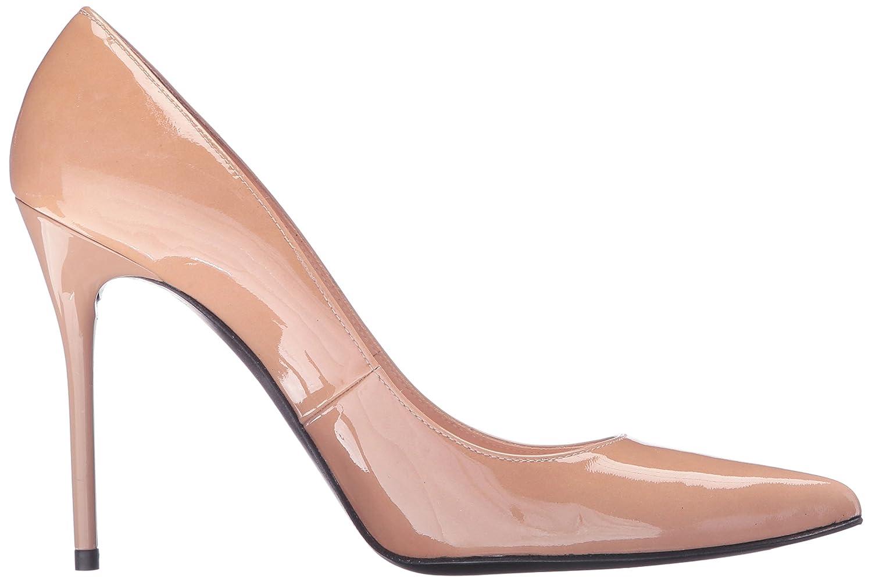 2c6c2e2e60b Amazon.com  Stuart Weitzman Women s Nouveau Dress Pump  Shoes