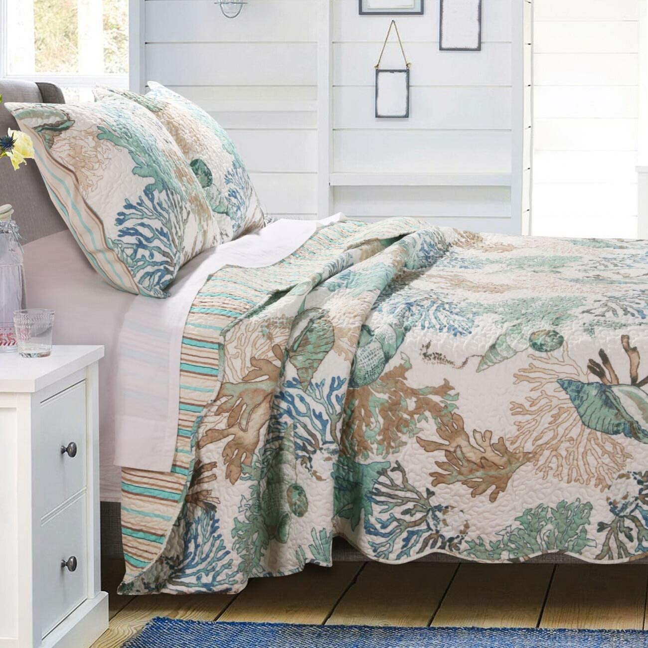 GH Beach Theme Ocean Coastal Quilt Full/Queen Bedding Set - Nautical Seashell Beach Tropical Decor - All Season 3 Pieces Bedspread/Coverlet with Shams Green
