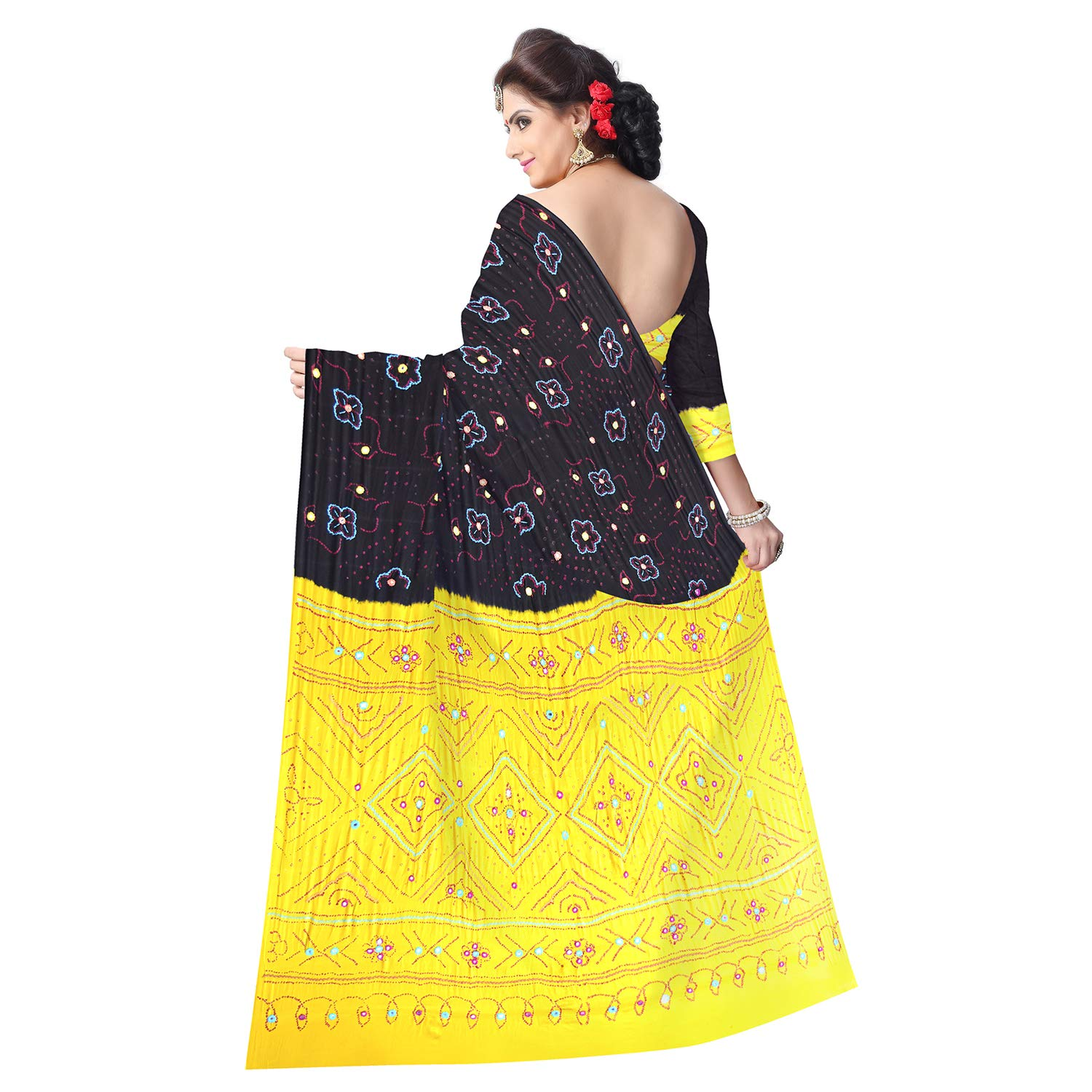80c89254da83b Kala Sanskruti Women s Black Gaji Silk Bandhej Saree  Amazon.in  Clothing    Accessories