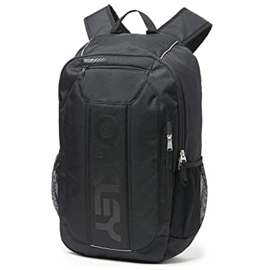 e2c8ed9a9 Amazon.com: Oakley Mens Men's Enduro 20L 3.0, BLACKOUT, NOne SizeIZE ...