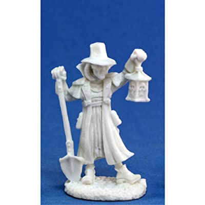 Reaper Townsfolk: Undertaker (1) Miniature: Toys & Games