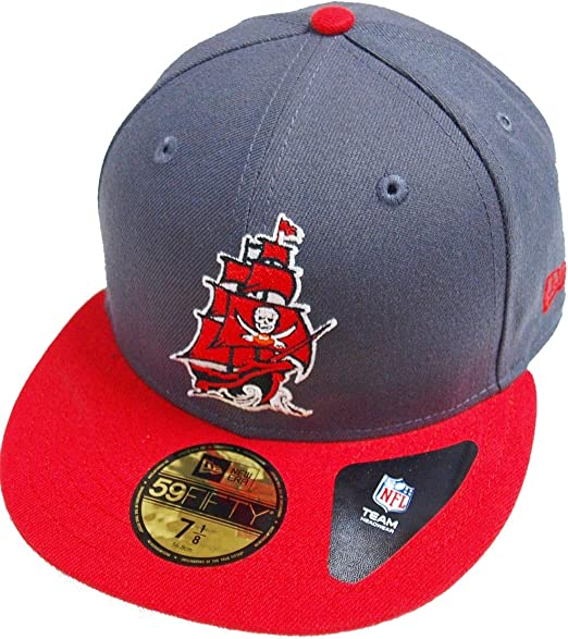 New Era Tampa Bay Buccaneers Black on Black 59fifty Fitted Cap Limited Edition