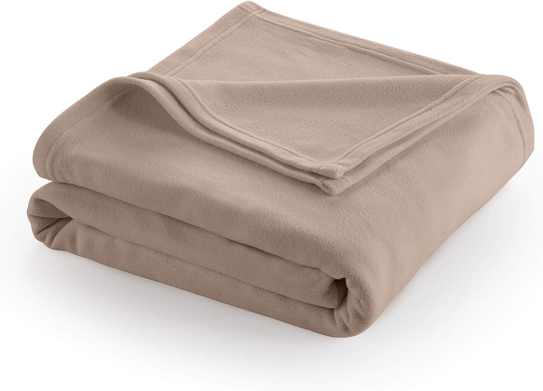 Up North 64 x 48 Inches Soft fuzzy warm cuddly fleece throw blanket