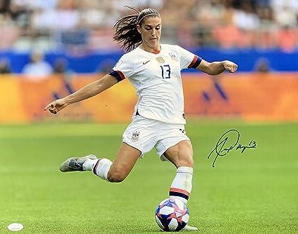 quality design a8100 e0aa1 Autographed Alex Morgan Photograph - USA Kick 16x20 - JSA ...