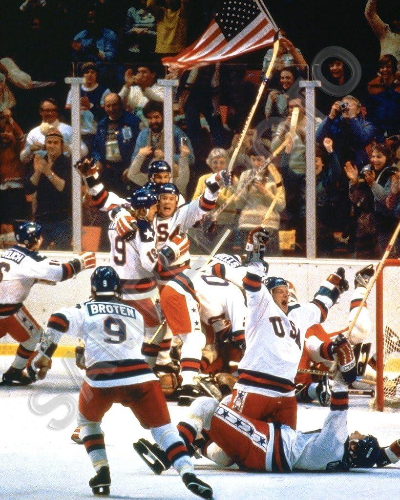 Sportsphotosusa 1980 Usa Olympic goldenen Medal Hockey Mannschaft Miracle auf Eis Unsigned 16X20 Photo