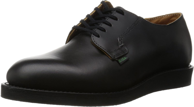 【RED WING ポストマン・オックスフォードの画像コメント1】オーソドックスなプレーントゥに、フラットなソールを組み合わせた一足です。本格革靴みたいにヒールに高さがないだけでも、ずいぶんカジュアルになるのです。