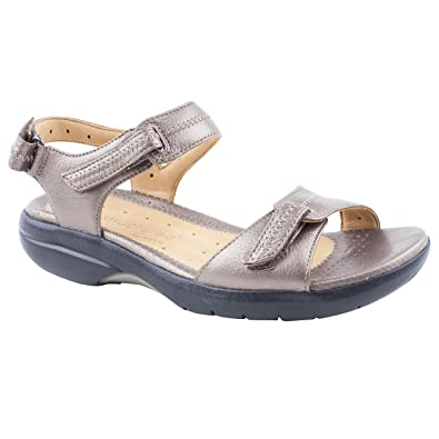 835ed56e3aca Ladies Clarks un Galleon Bronze Flat Sandals Size 9  Amazon.co.uk ...