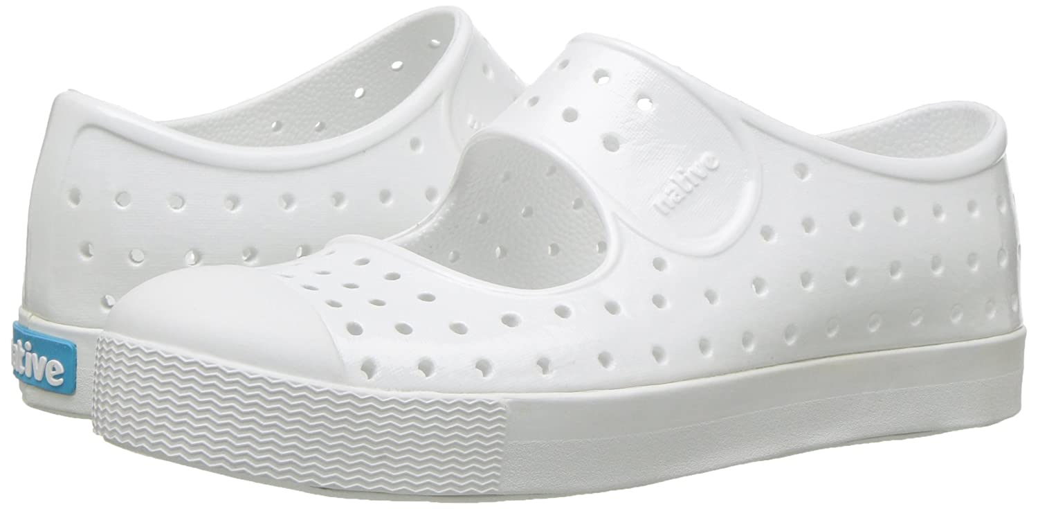Amazon.com: native kids Girls enebro brillante plana: Shoes
