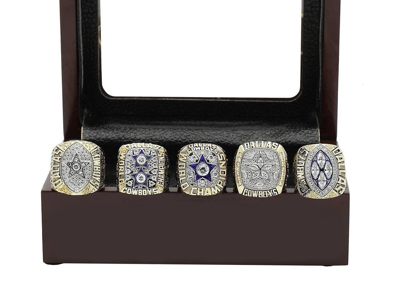 c285385b9 Amazon.com : Dallas Cowboys Supper Bowl Championship Rings Full Set Replica  : Sports & Outdoors
