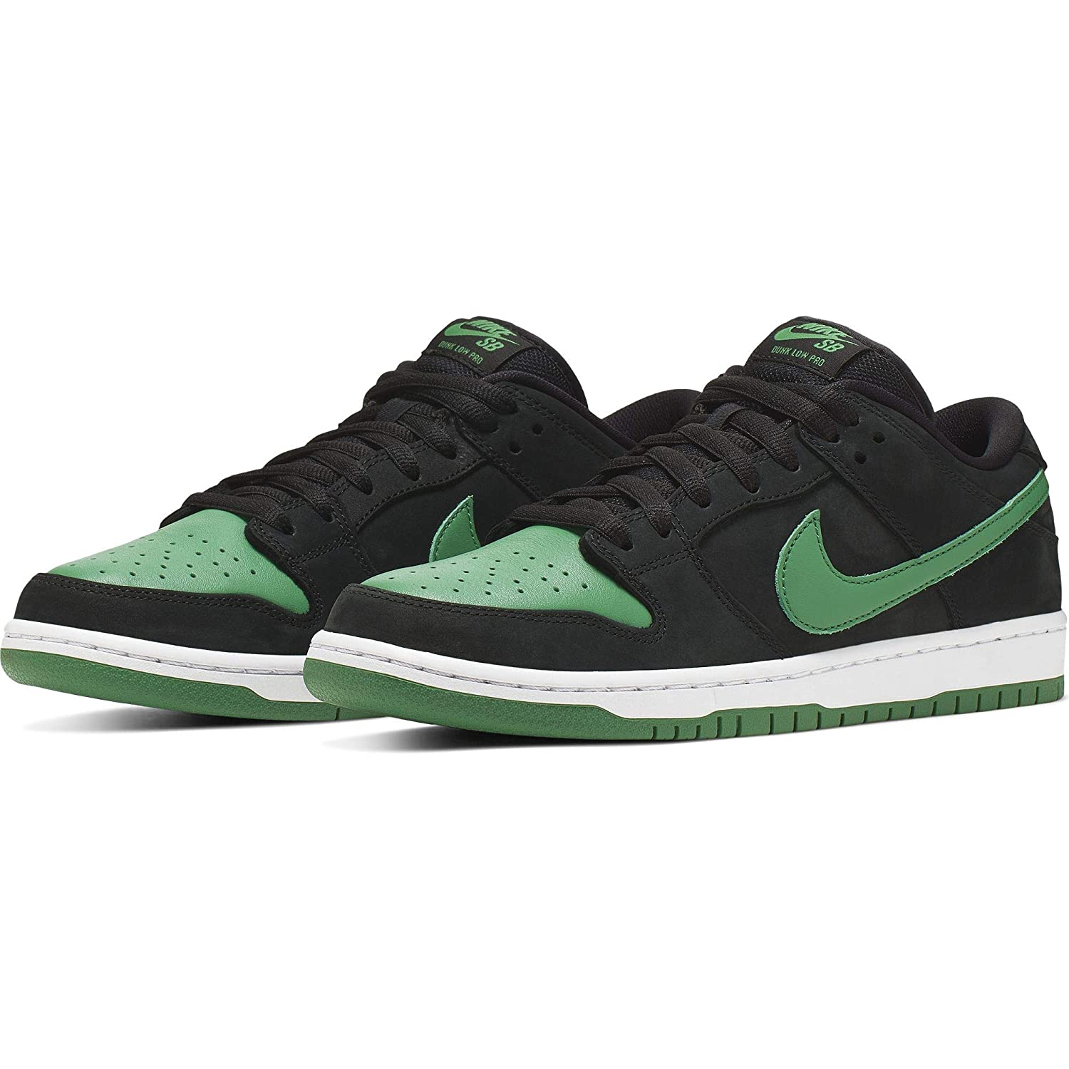 buy online 3a477 07dfb Nike SB Dunk Low Pro Shoes Mens