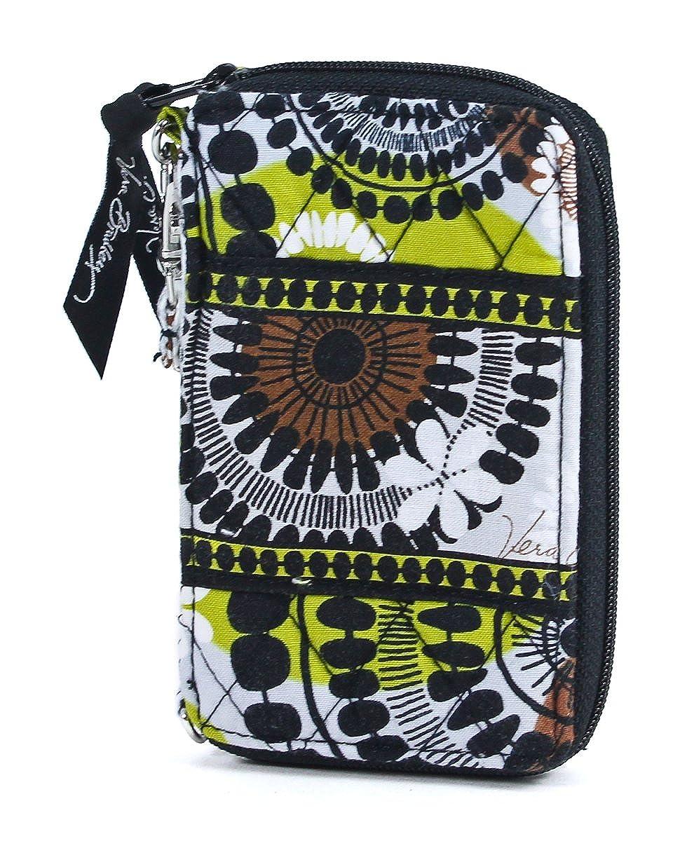Amazon.com: Vera Bradley Carry it todos Wristlet (Cacao ...