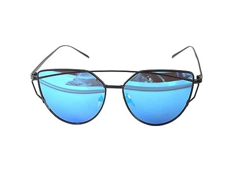 8fbe14610c RetroUV® Large Oversized Cat Eye Sunglasses Flat Mirrored Lens Metal Frame  Women Fashion (Black on Blue)  Amazon.co.uk  Clothing