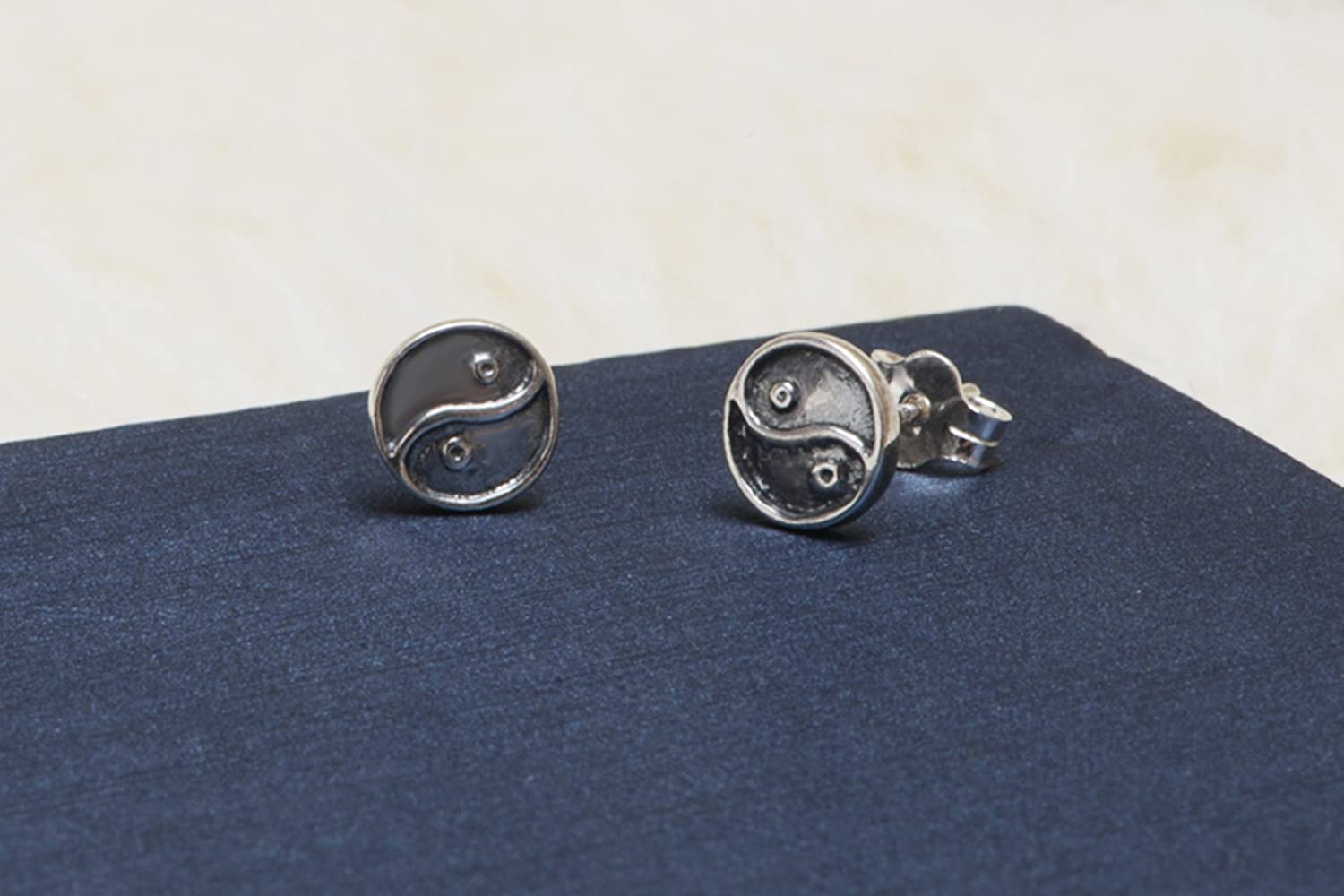 Pori Jewelers Sterling Silver Yin Yang Oxidized Stud earrings