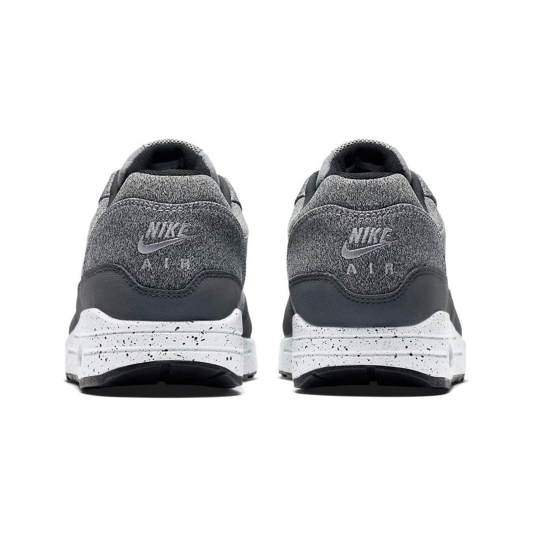 free shipping 85e19 f3d56 Amazon.com   Nike Air Max 1 SE   Shoes
