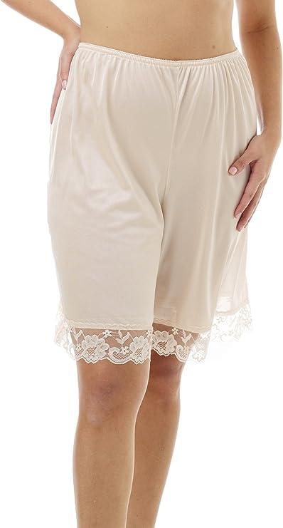 1920s Lingerie History- Underwear, Slip, Bra, Corset Underworks Pettipants Nylon Culotte Slip Bloomers Split Skirt 9-inch Inseam $11.88 AT vintagedancer.com