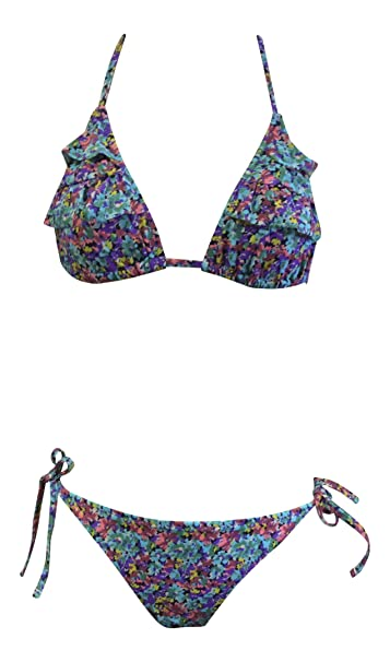 2d88e981e4075 Amazon.com  Urban Outfitters Ladies Womens Halter Neck High Waist Vintage 2  Piece Swimsuit Bikini 6 Styles  Clothing