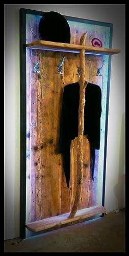 Altholz Garderobe In Eisen Eingefasst Mit Led Beleuchtung Amazon