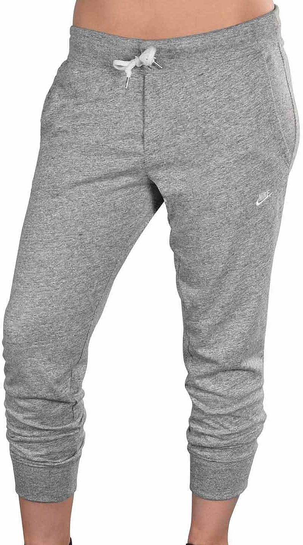 Amazon Com Nike Women S Time Out Capri Pants Capris Training Yoga Ropped Clothing