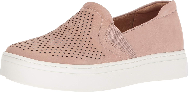 Naturalizer Women's Carly Sneaker