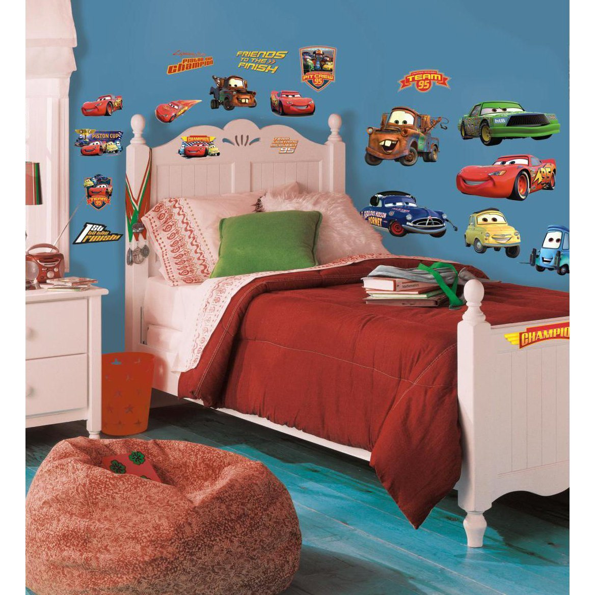 Thedecofactory 539035 Disney Cars Piston Cup ROOMMATES REPOSITIONNABLES Vinyle Multicolore 19 Stickers 104 x 26 x 2,5 cm