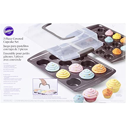 Wilton 2105-0121 3-Piece Nonstick Covered Cupcake Set