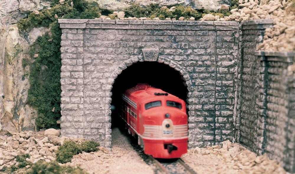 WOODLAND SCENICS C1267 O Tunnel Portal Cut Stone