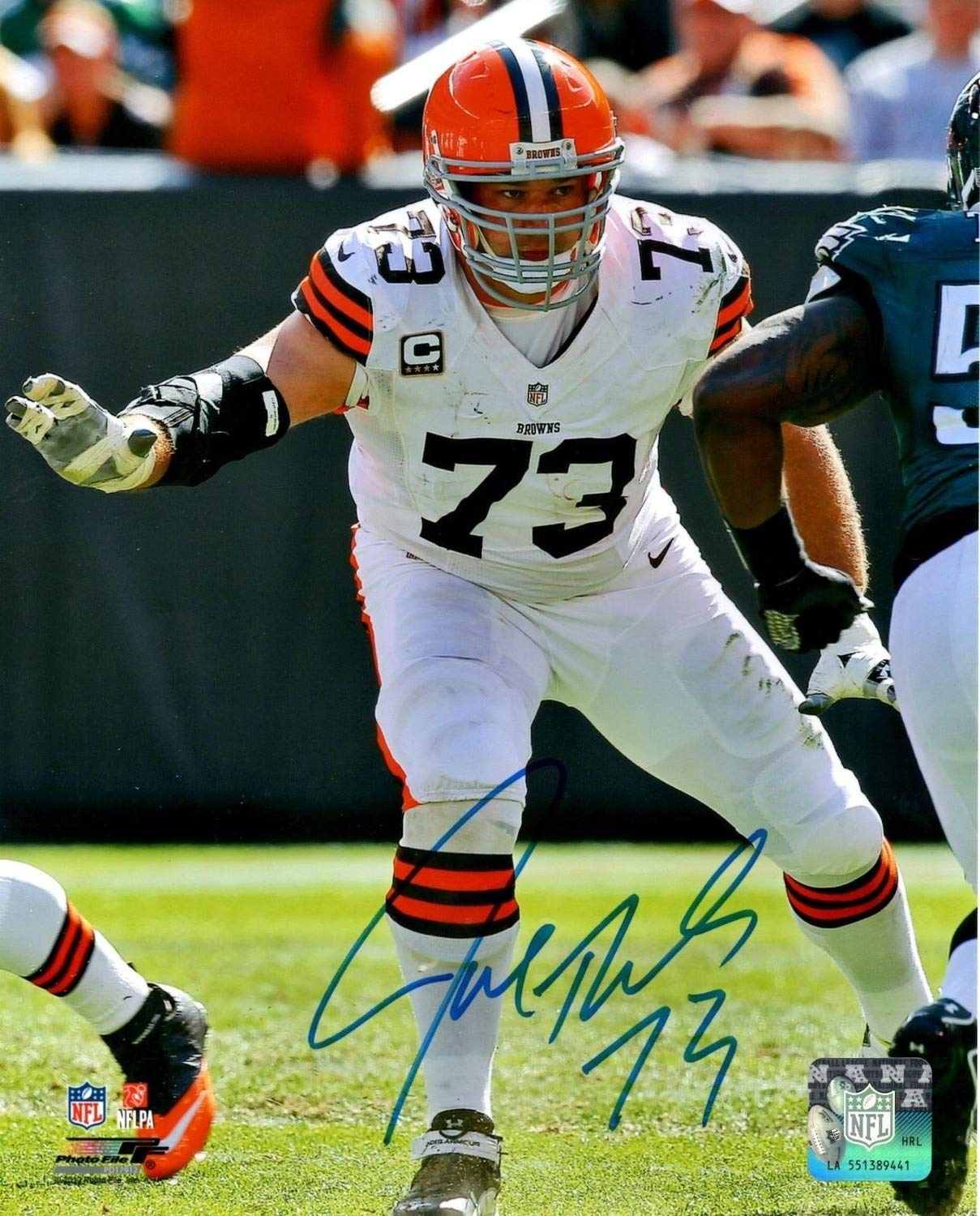 Browns Lineman Joe Thomas Autographed 8x10 Photo #1 Signed - 10 X Pro Bowl 10363 Snaps - Certified Authentic