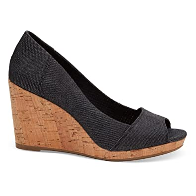 70b8f96e4dfd TOMS Women s Strappy Wedge Canvas Sandal Black Denim 11 B(M) US  Buy Online  at Low Prices in India - Amazon.in