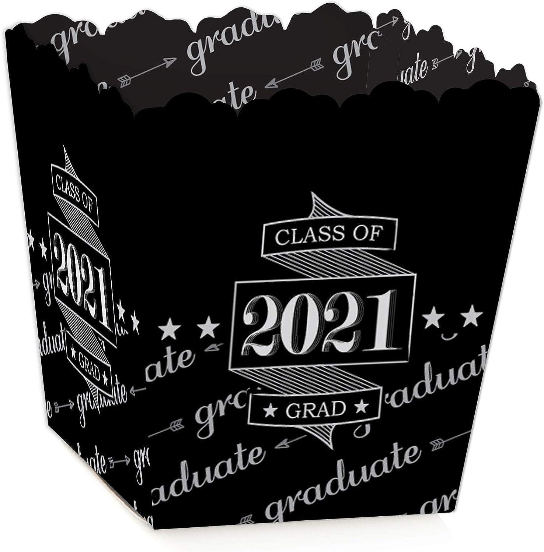 100 Pieces Graduation Gift Box Graduation Sweet Boxes Cap Shaped Graduation Party Favors Party Supplies Graduation Decorations 2021 for Candy Sugar Chocolate Souvenir
