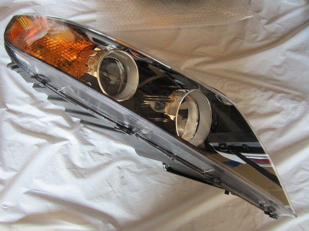 Genuine Kia (92102-1U200) Headlamp Assembly, Right