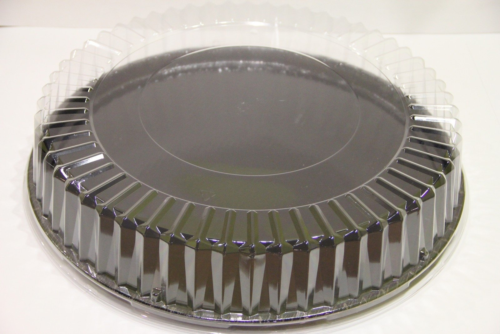 Solut 05016 OPS Dome Lid, 18'' Diameter x 3-1/2'' Height, Clear, for All 18'' Catering Trays (Case of 25)