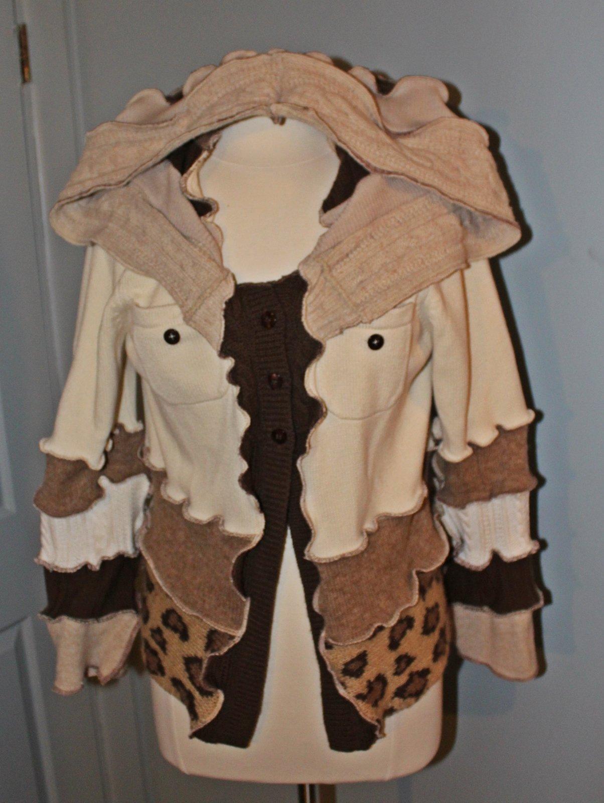 Womens Sweater Hoodie L 8/10 Pointed Hood OOAK