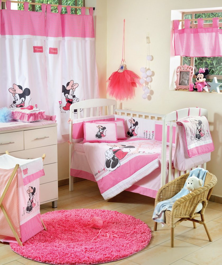 Disney Baby Minnie Mouse Flower Crib Bedding Set (4PC Bedding Set + extra 1 Bumper)