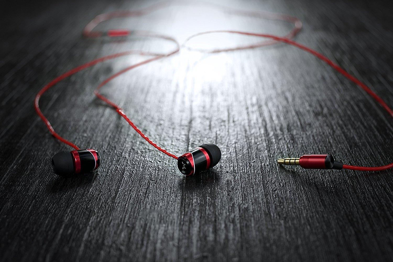 SoundMAGIC E10 Noise Isolating In-Ear Earphones (Gunmetal)