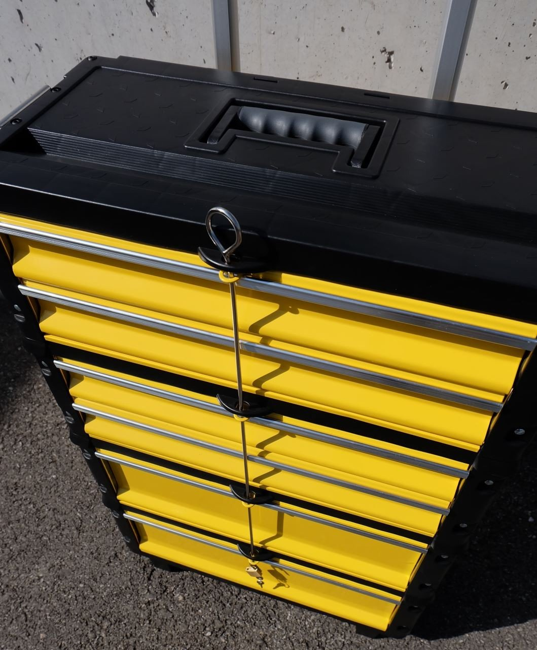 M/étal Outil Trolley XXL serie type 305 avec verroillage du tiroir et serrure de AS-S Farbe:Schwarz