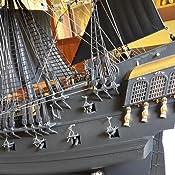 Revell Modellbausatz Schiff 1:72 - Piratenschiff im