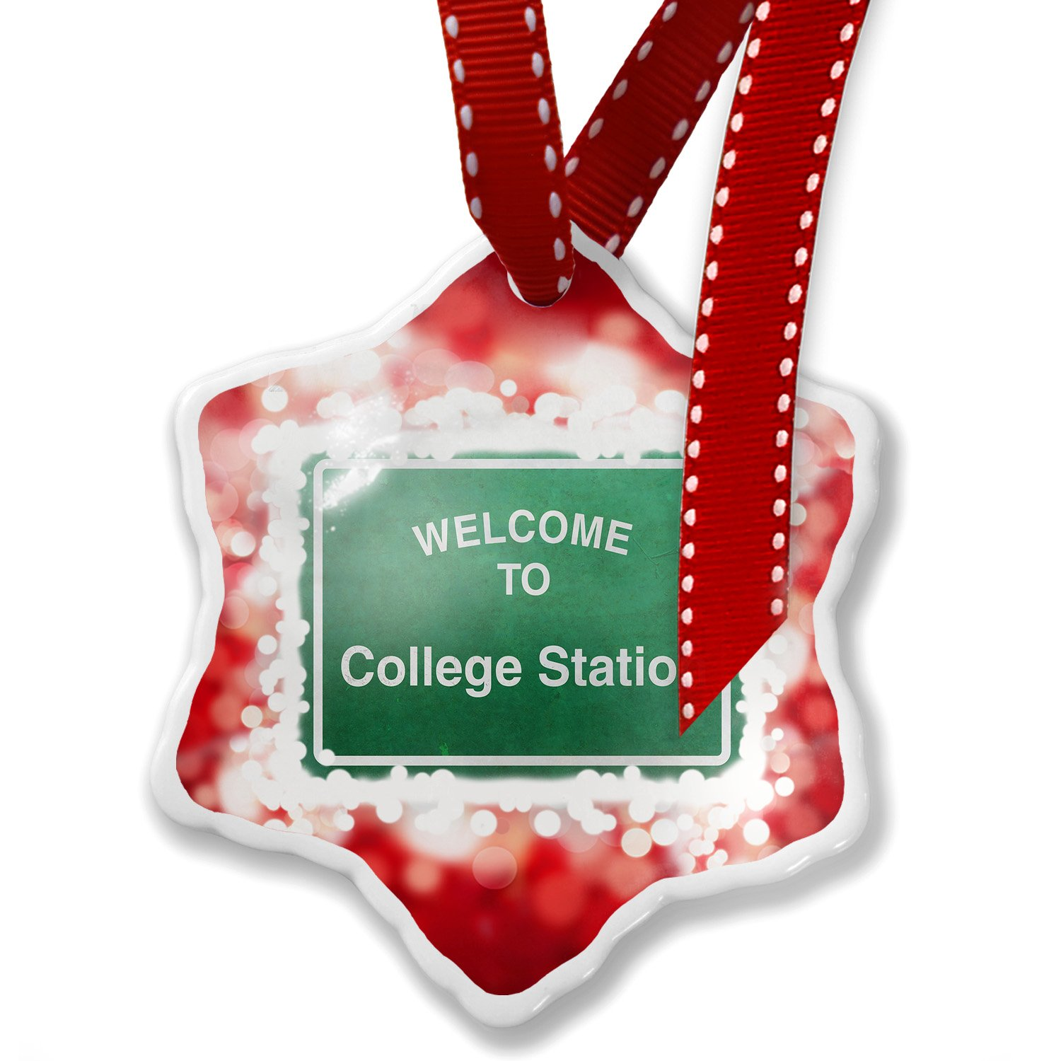 Christmas Ornament Green Road Sign Welcome To College Station, red - Neonblond