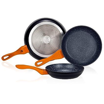 Novohogar Juego de 3 Sartenes de Aluminio Forjado de Alta Calidad. Base de 3mm Grosor con Recubrimiento Antiadherente y Mangos Naranjas Ergonómicos y ...