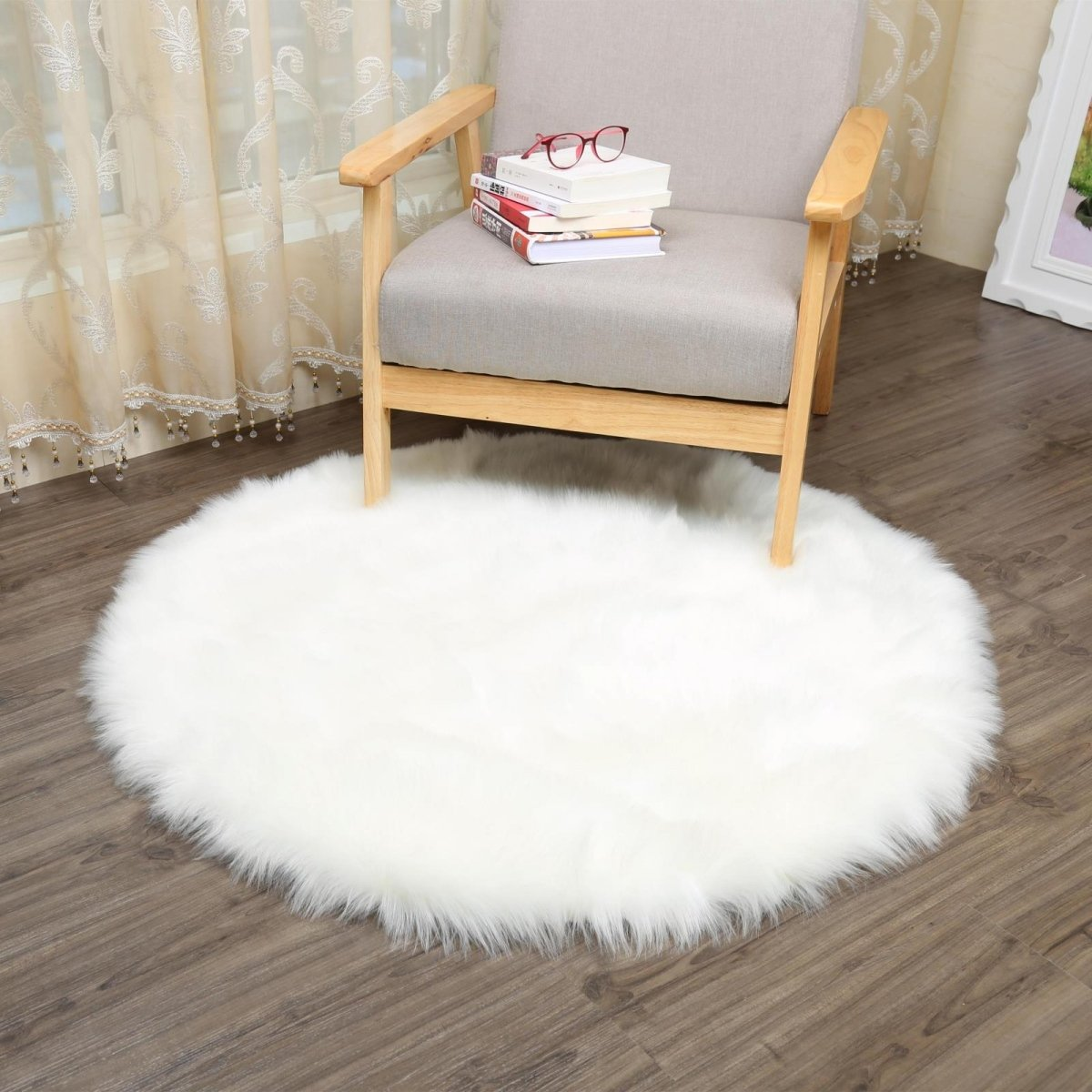 CHITONE Round Faux Fur Sheepskin Rugs, Soft Shaggy Area Rug Home Decorative Bedroom Fluffy Carpet Rug, Diameter 6.6 Feet, White