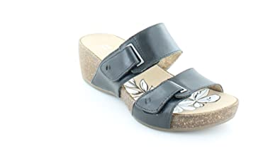 da11f46415e9 Naturalizer Women s Carena Black Leather Sandal  Amazon.co.uk  Shoes ...