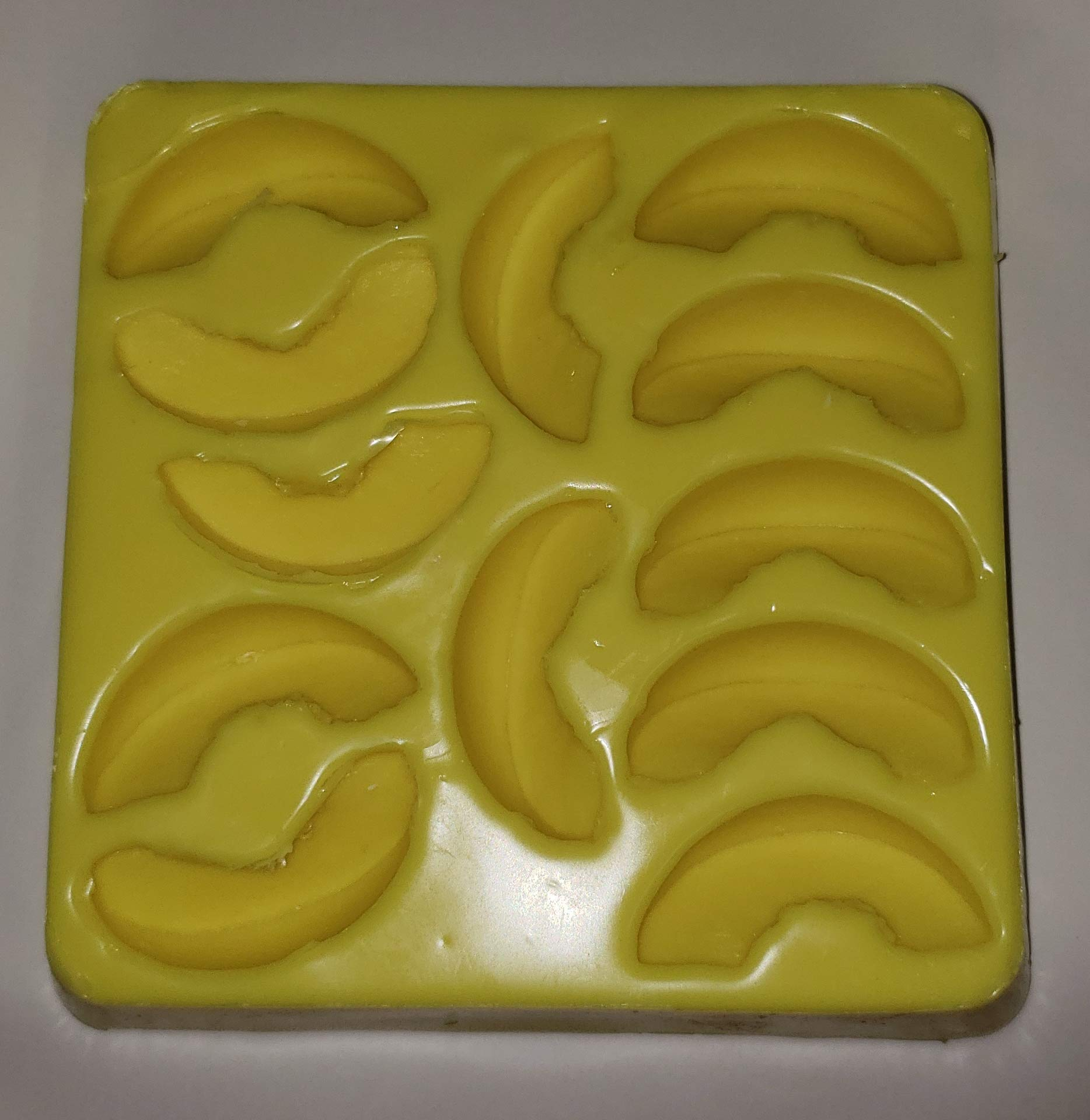 Fruit/Peach/Apple Slices Candle & Soap Mold-12 Cavities