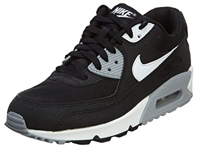 the best attitude 7429f 6a677 Nike WMNS Air Max 90 Essential, Women s Sports Shoes Grey